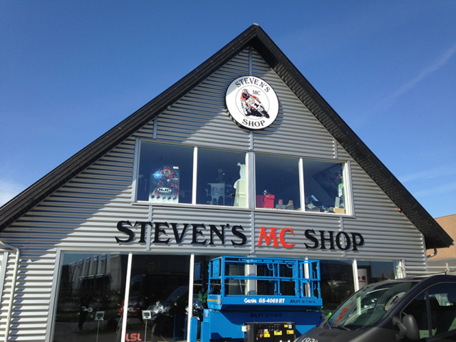 Stevens MC Shop - Facadeskilt