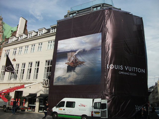 Louis Vuitton - Banner